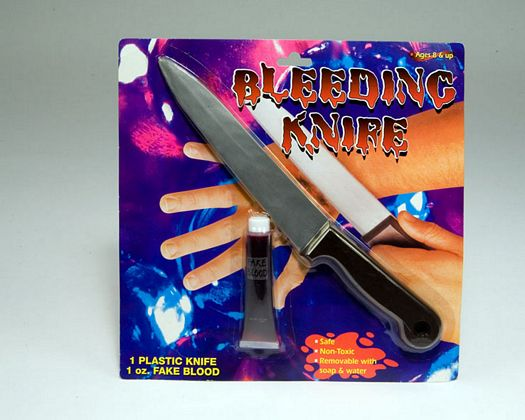 Cuchillo plastico 34cm sangre carnaval