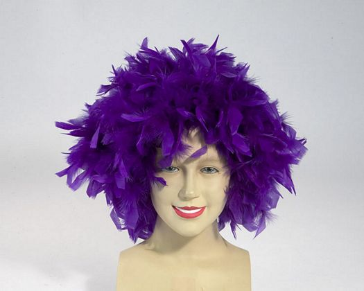 Peluca plumas volumen en purpura